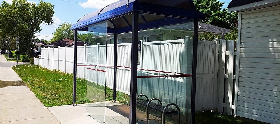 Foto einer Bushaltestelle. (Symbolfoto)