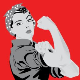 Women Power (Frau vor rotem Hintergrund zeigt die Muskeln ihres rechten Arms)